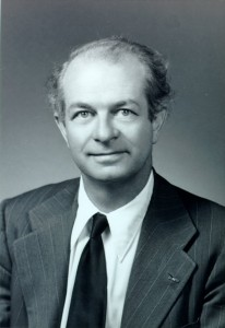"Two times Nobel Prize winner Linus Pauling (1901-1994), biochemist, peace activist, advocate of nuclear disarmament, champion of vitamin C as a remedy for colds and cancer. He coined the term ""orthomolecular"" to mean ""the right molecules in the right amounts""."